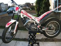 BETA EVO 300cc trials bike good condition. all bearings replaced recently,