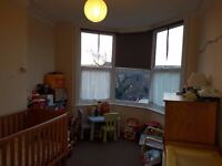 Large double room to rent 2 minutes from walthamstow station on quiet street