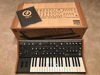 Moog Sub 37 Tribute Edition in as new conditions