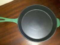 New Cast Iron Frying Pan 26cm Enamel Coated, Top Quality! Induction, Electric or Gas