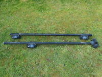 Halfords Universal Adjustable Roof Rack Bars for extra luggage 125cm 1.25M