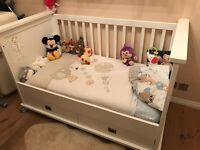 White Kidsmill Shakery Cot Bed with Mattress - RRP over £400