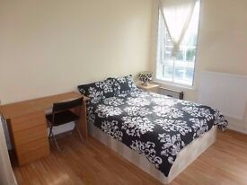 NICE KING SIZE ROOM in LANGLEY GREEN