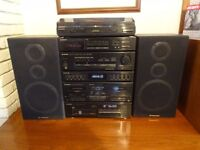 Pioneer Hifi System with MultiCD and turntable