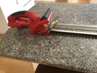 Cordless Hedge trimmer 19inch blade with battery and charger Nice Condition