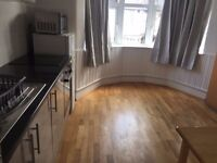 BIG STUDIO WITH SEPARATE KITCHEN SEPARATE ENTRANCE NEAR SUDBURY HILL STATION