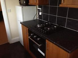 3 bed upper flat 475pcm Barnes Road, South Shields
