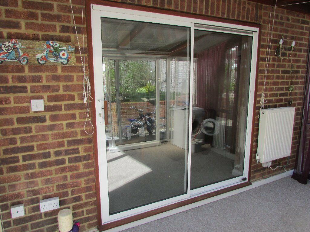 White aluminium sliding patio buy sale and trade ads for Patio windows for sale