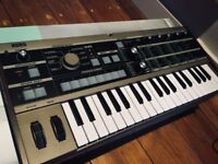 Korg MicroKorg Analogue Synthesizer and Vocoder - Mint Condition