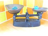 Original Vintage KITCHEN SCALES with bowls & weights