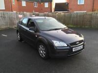 Ford Focus 1.4 lx full service history ideal 1st car cheap tax & insurance drivers perfect