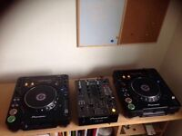 Pioneer CDJ 1000 Mk3 Turntables And DJM 400 Mixer