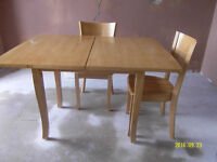 solid wood pine extending dinning table & 4chairs