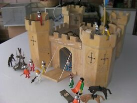 Kiddies Toy Fort/Castle, Solid wood construction, suitable for 3- 6 year old. [or older!]