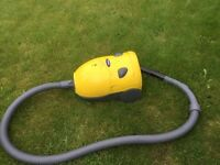 Small hoover