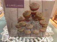 Swirly cupcake stand