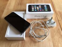 iPhone 5s, 16 gb, space gray - same as new - with box and charger