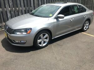 2014 Volkswagen Passat 3.6 Comfortline, Heated Seats, Power Sunr