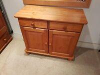 Wooden 2 drawer 2 door sideboard