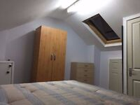 *** Cheap Double room available now*** only 3 min from the station