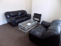 Lovely Spacious 3 Bed House in Bury Park - Close to Town Centre and Schools - Available Now - No DSS