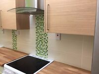 GOOD SIZE DOUBLE ROOM AVAILABLE FOR NSTANT VIEWING & MOVE-IN