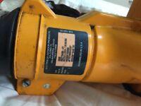 McCulloch BVM 250 Petrol leaf blower