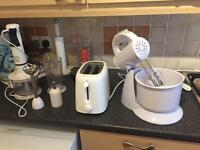 Toaster blender and blender