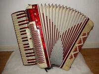 Piano Accordion E.E BUSILACCHIO PARAMOUNT 96 BASS