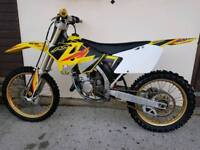 Suzuki RM125 motocross bike