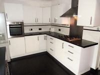 Victorian Terrace House 3 BED WITH GARDEN + BBQ