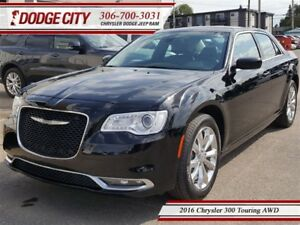 2016 Chrysler 300 Touring | AWD - Heated Leather, Remote Start,