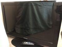 """450 32"""" LCD Full HD TV"""