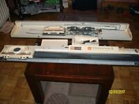 BROTHER KNITTING MACHINE KH 170//CLEAN//HARDLY USED//WITH HANDBOOK AND TOOLS//£170...
