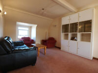 3 Large Double Bed Flat Split Over 2 Levels in the Heart of Crouch End Close to Finsbury Park Tube