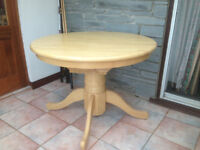 Round table great condition