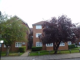 ***IDEALLY LOCATED A SPACIOUS ONE DOUBLE BEDROOM FLAT TO RENT IN CENTRAL HARROW***£265 PER WEEK***