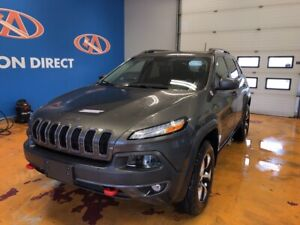 2018 Jeep Cherokee Trailhawk 4X4/ HEATED LEATHER/ PANO ROOF/...