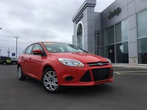 2013 Ford Focus SE 1 OWNER, LOW KM, HEATED SEATS $48 WEEKLY