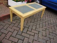Table, lovely coffee table