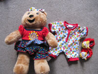 Build a Bear Blush Bear (vanilla scent) with outfit plus pjs and slippers and new box- as new- £5