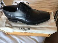 Barkers black classic brogues size 8