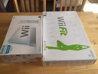 Nintendo Wii Console + Wii fit + Extras