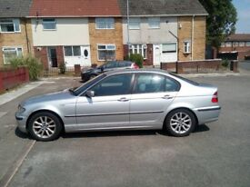 For sale the car has a problem with the injector For sale the car has a problem with the injector