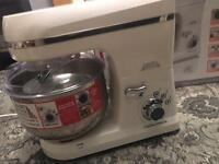 Morphy Richards Stand Mixer Pro