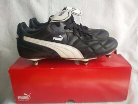 PUMA rugby boots - UK child size 6