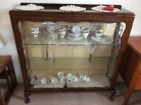 China Cabinet in excellent condition