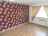 2 Bedroom Ground floor flat, hallglen