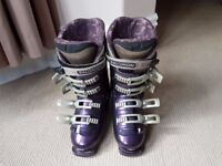 Ladies Salomon Evolution Performa 8.0 Ski Boots