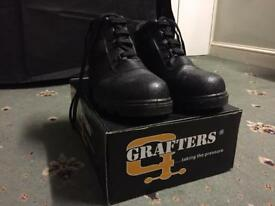 New safety shoes for sale for just £20